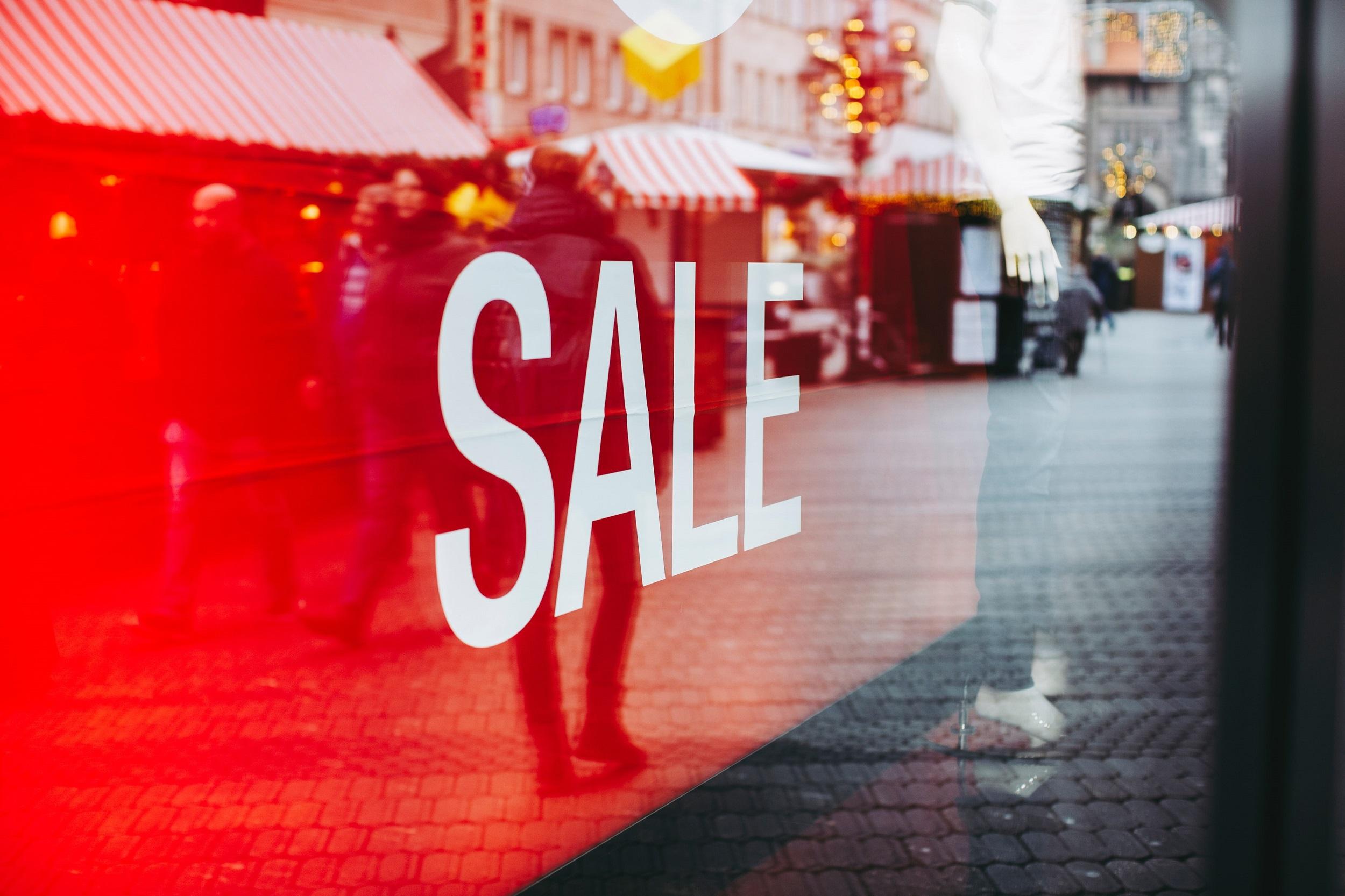 fast fashion store sale